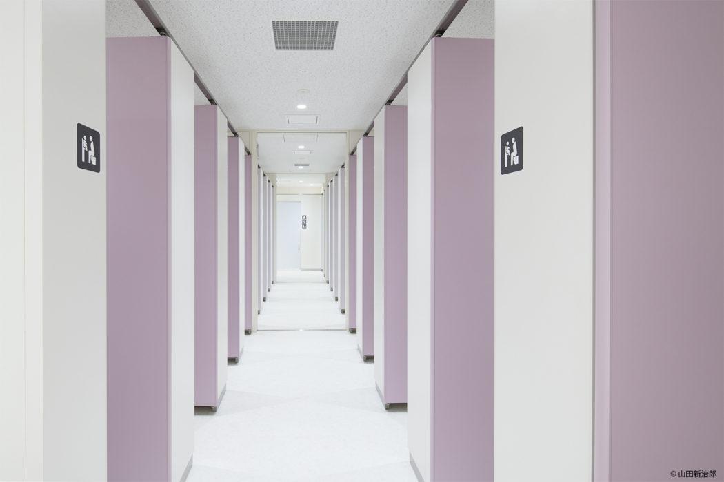 【男女の比率が変更可能なトイレ3】すべてを女子トイレまたは男子トイレにも変更が可能となり一方通行のトイレに変更が可能となる。 撮影:山田新治郎